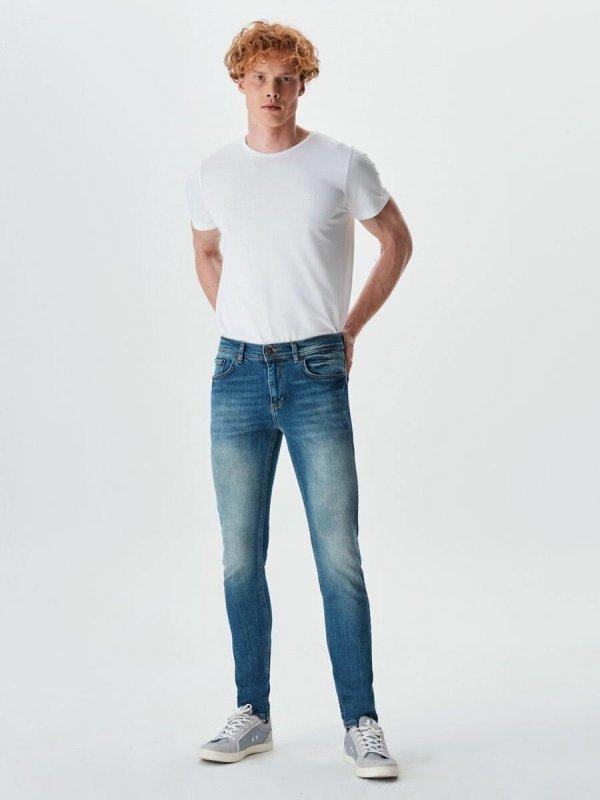 Jumy Eason Jeans 01009513381451353641
