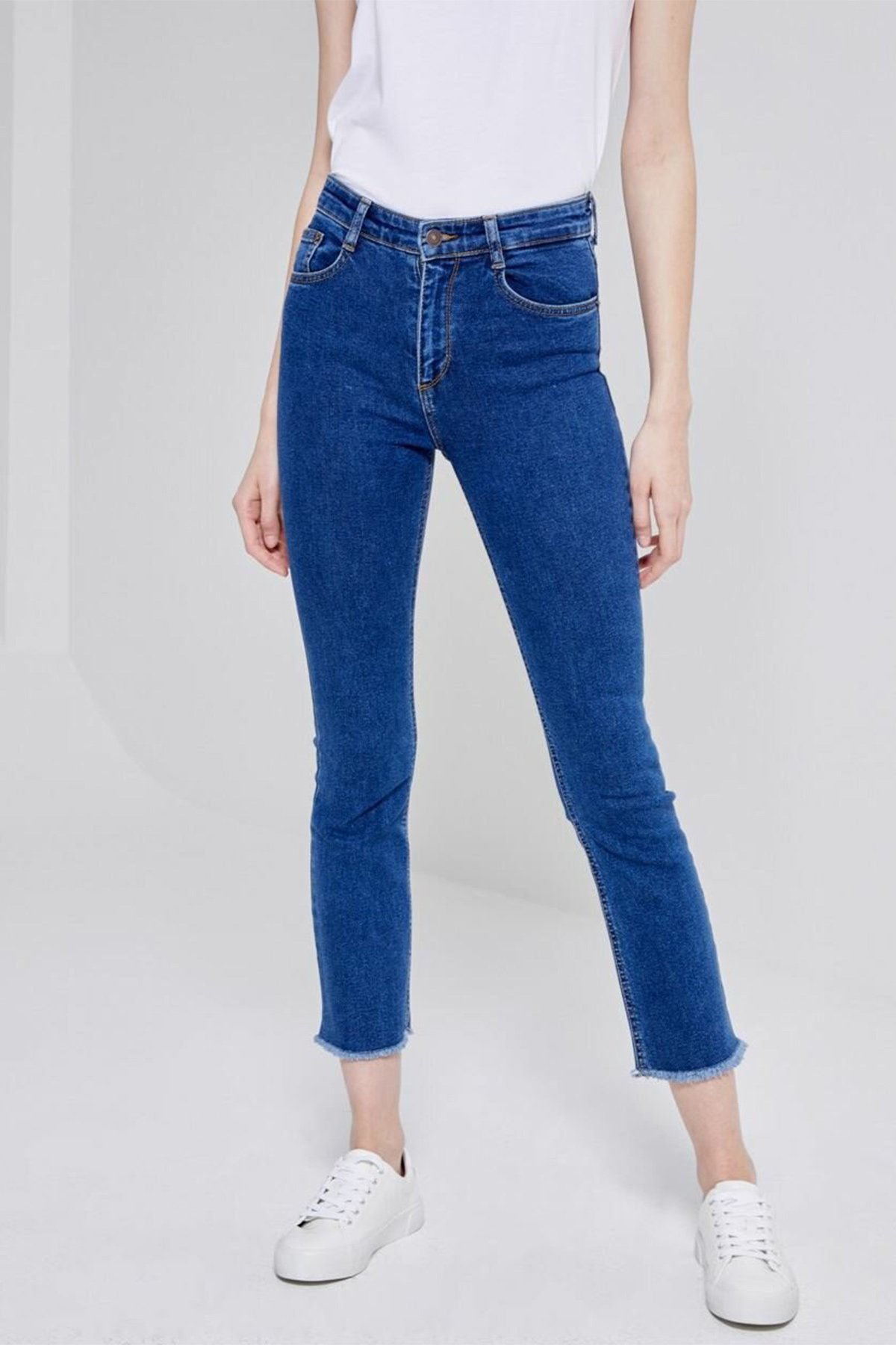 https://resim.oddamoda.com/01009513511438953009/jadoreswa/ltb-lynda-jadores-jeans-01009513511438953009-57082-2968.jpg