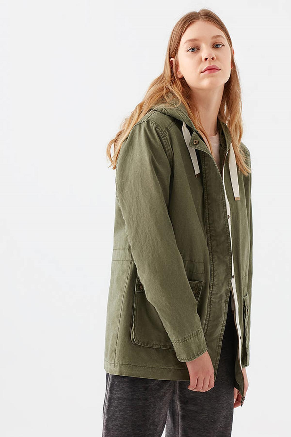 Kapişonlu Ceket Açık Zeytin Yeşili
